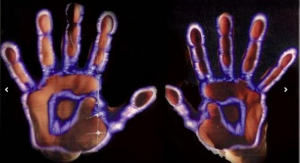 Kirlian photo-hands copy